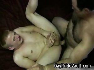 Hard gay bear fucking and sucking